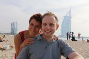 Ina und Mark vor dem Burj Al Arab