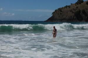 Mili in den Wellen