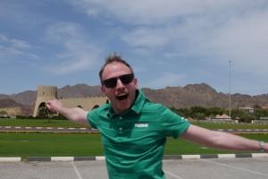 Photobombe - grüner Rasen mitten in der Wüste